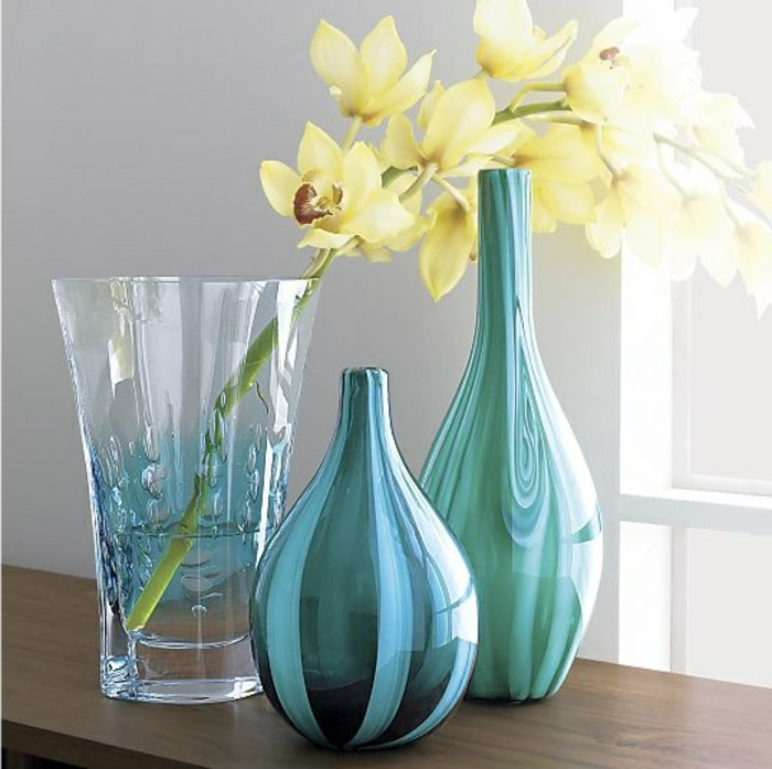 bassin-vases-bocal-grand-vase-en-verre-grand-vase-verre-vase-leonardo-verre-bleu-fleurs