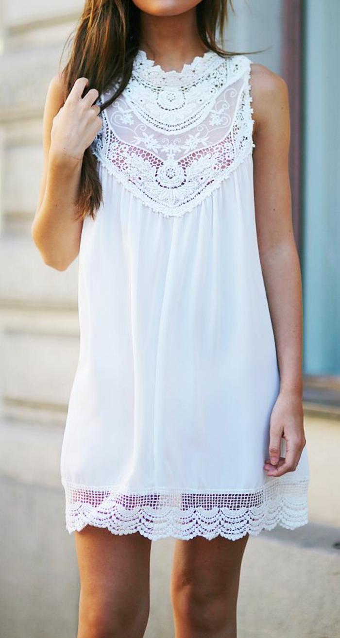belle-robe-blanche-a-dentelle-style-chique-tenue-du-jour-belle-dentelle-fleurie