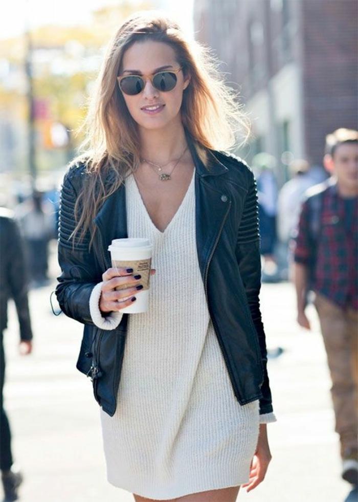 belle-robe-blanche-a-dentelle-style-chique-tenue-du-jour-veste-cuir
