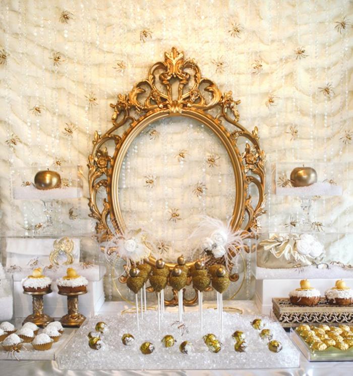 blanche-neige-et-les-7-nains-déco-anniversaire-enfant-doré-décoration-stylé