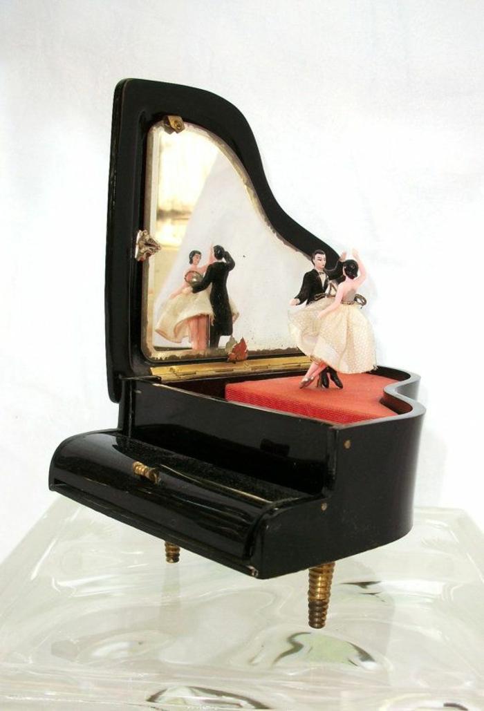 boite-à-musique-bébé-boite-a-bijoux-musicale-boite-à-bijoux-musicale-piano-danser-vintage