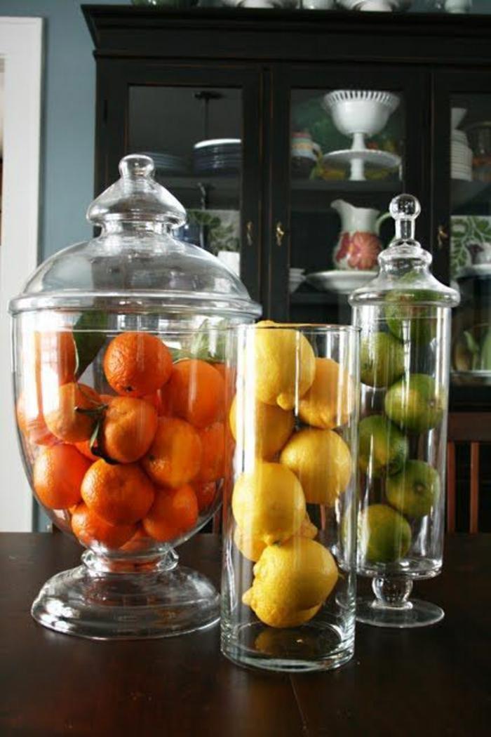bonbonnière-de-mariage-festive-bonbons-dragées-des-fruits-oranges-limones