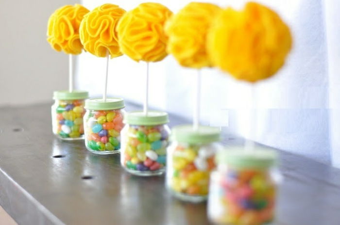 bonbonnière-en-verre-joli-article-décoration-verre-bocal-fructeuse-bonbons-cadeau-dragées