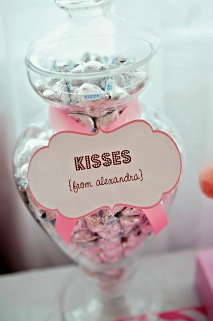 bonbonnière-mariage-dragées-originale-boite-verre-kisses-bisoux-cadeau
