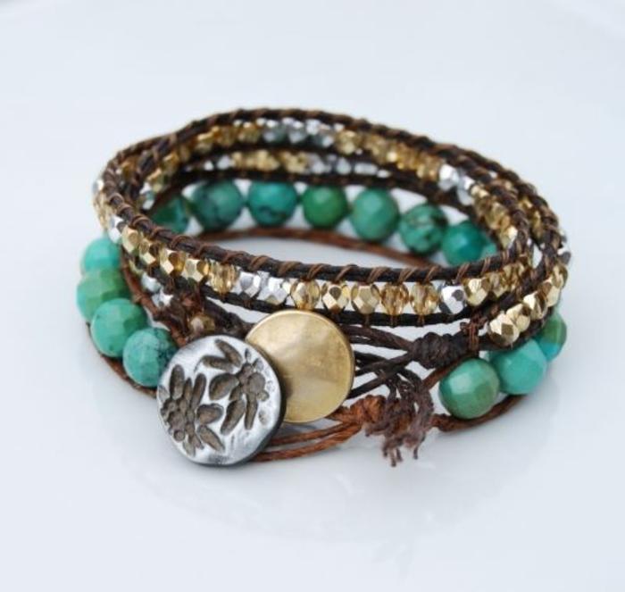 bracelet-brésilien-technique-comment-faire-un-bracelet-brésilien-coloré-bleu-ciel-marron