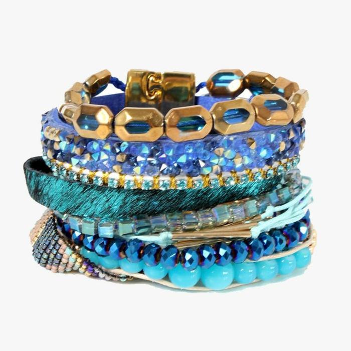 bracelets-brésilien-tuto-bracelet-brésilien-coloré-idee-en-bleu-foncé-bijoux-bracelets