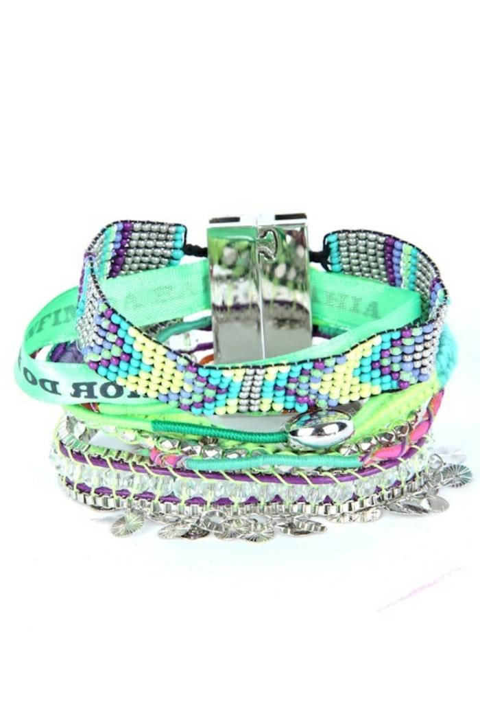 bracelets-brésiliens-prénom-colorés-bracelets-brésiliens-variante-coloré-bracelets-bresiliens