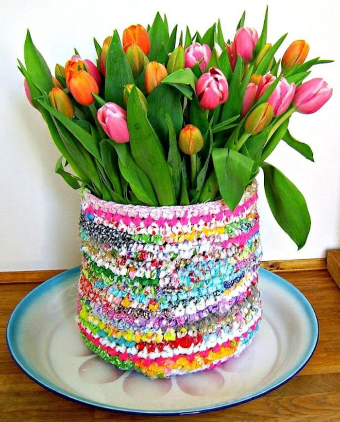 cache-pot-pas-cher-cache-pot-tricoté-multicolore