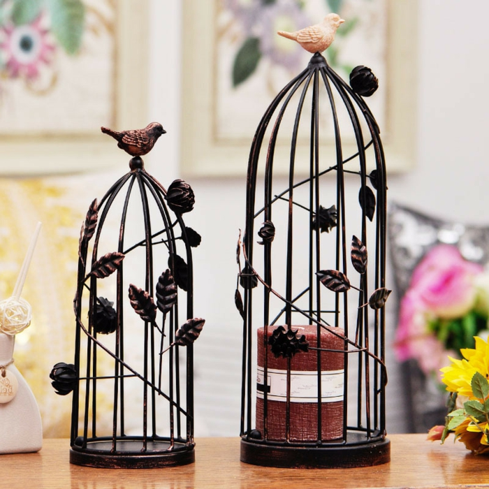cage-à-oiseaux-décorative-en-fer-forgé
