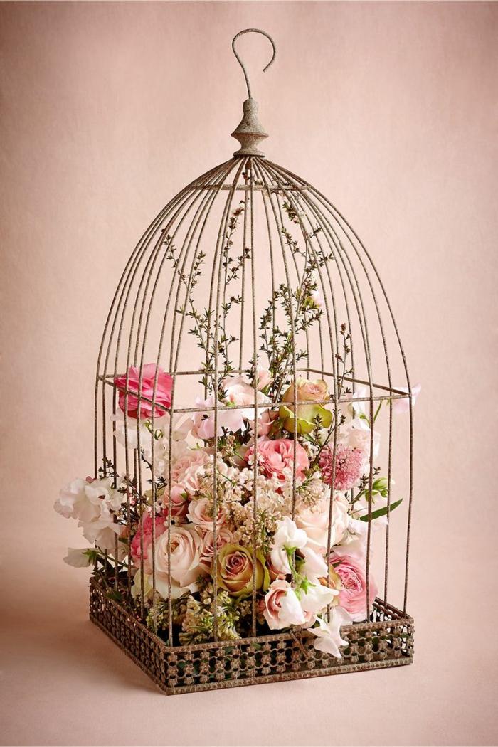 La cage à oiseaux décorative - tendance shabby chic