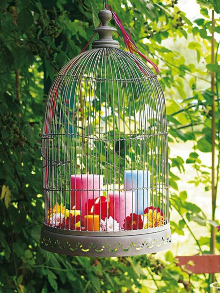 cage-à-oiseaux-décorative-suspendue