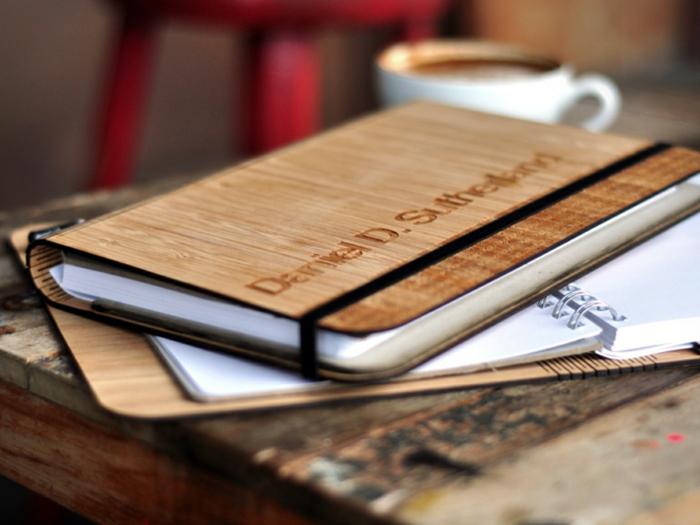 cahier-personnalisé-agenda-scolaire-personnalisé-cahier-photo-bois-personnalisée