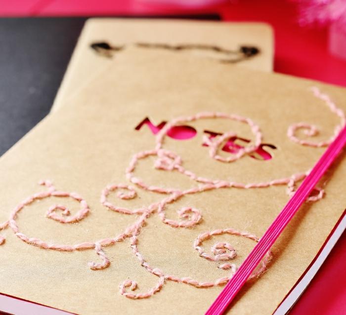 cahier-personnalisé-agenda-scolaire-personnalisé-cahier-photo-prendre-des-notes-à-l-école