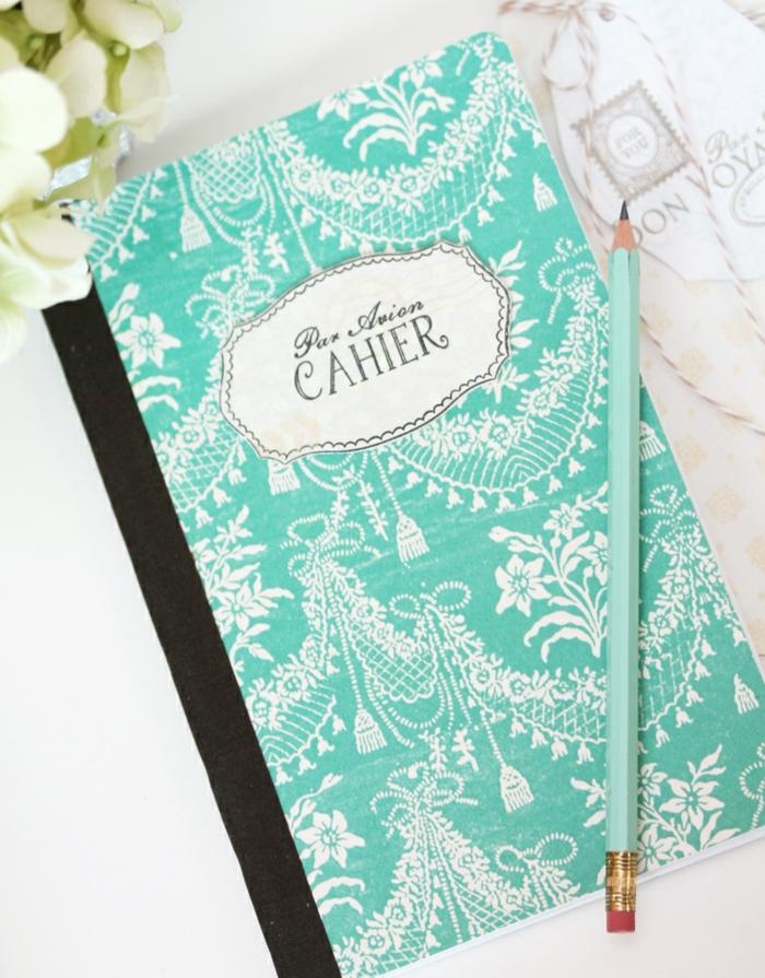 cahier-personnalisé-cahiers-originales-idée-comment-faire-à-soi-même-diy-bleue-resized