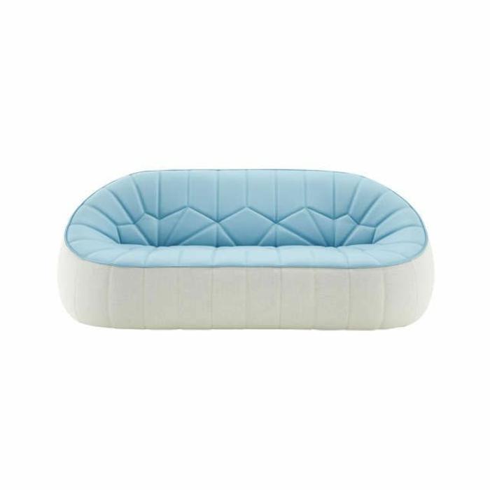 canapé-gonflable-blanc-et-bleu-pour-l-intérieur-moderne-avec-meubles-gonflables