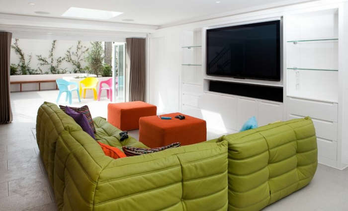 canapé-togo-mobilier-cosy-minimaliste-pour-l'espace-moderne