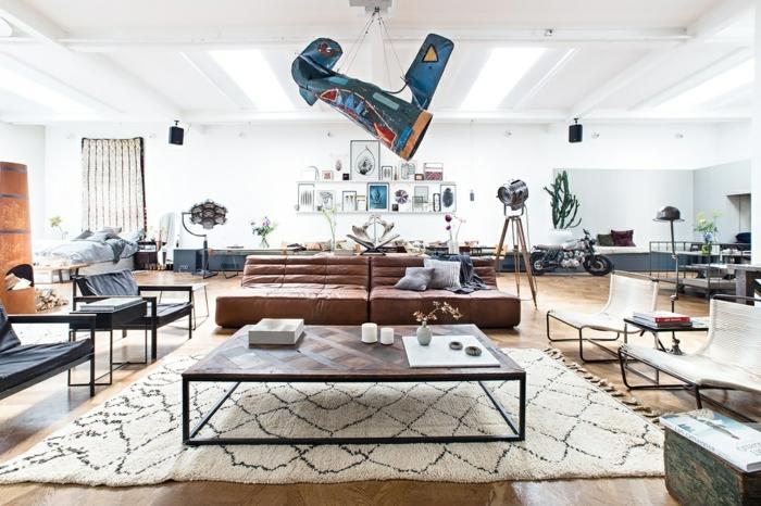 canapé-togo-salon-artistique-et-fauteuils-géants-marrons