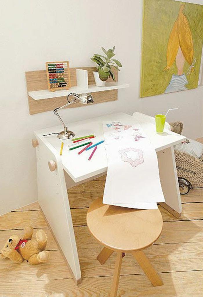 chaise-enfant-ikea-chambre-petits-dimensions-aménagement-pour-petite-chambre-sol-en-planchers