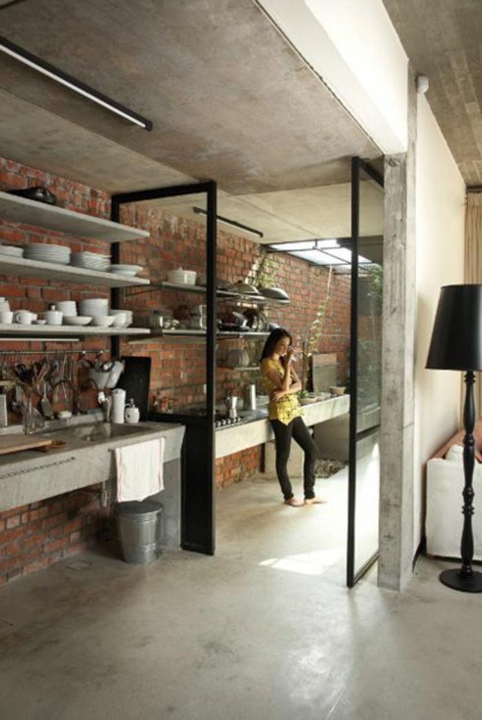 cloisons-coulissantes-pour-séparer-les-chambres-chez-vous-mur-de-briques-rouges