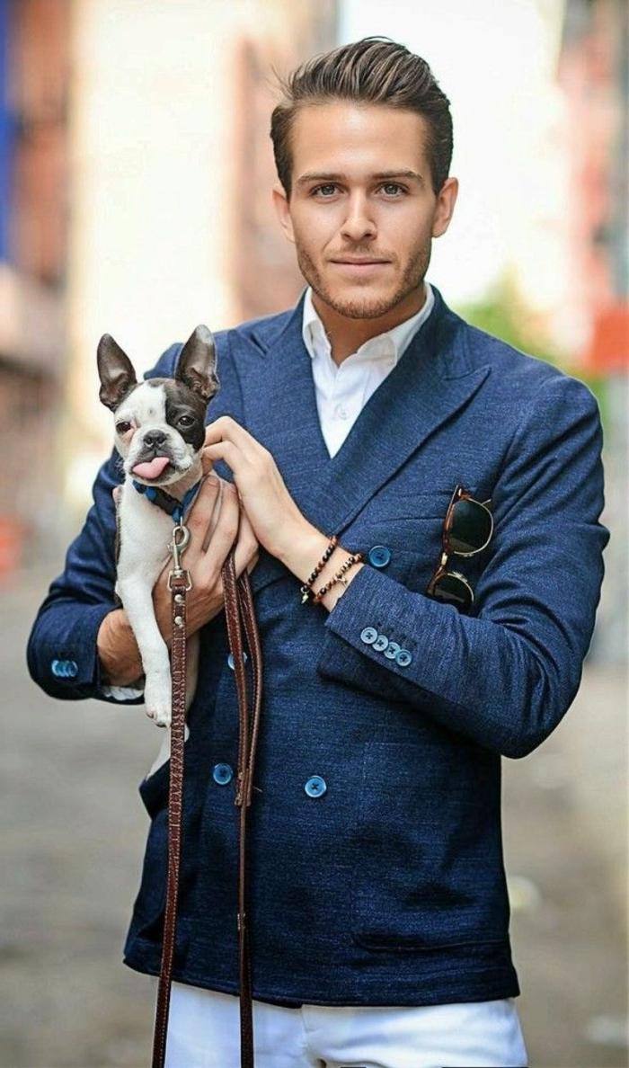 coiffure-élégant-homme-cheveux-blonds-chemise-blanche-costrad-bleu-yeux-bleus