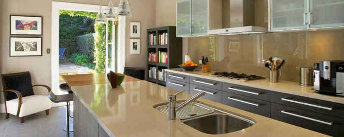 Comment choisir la cr dence de cuisine id es en 50 photos - Peinture pour credence cuisine ...