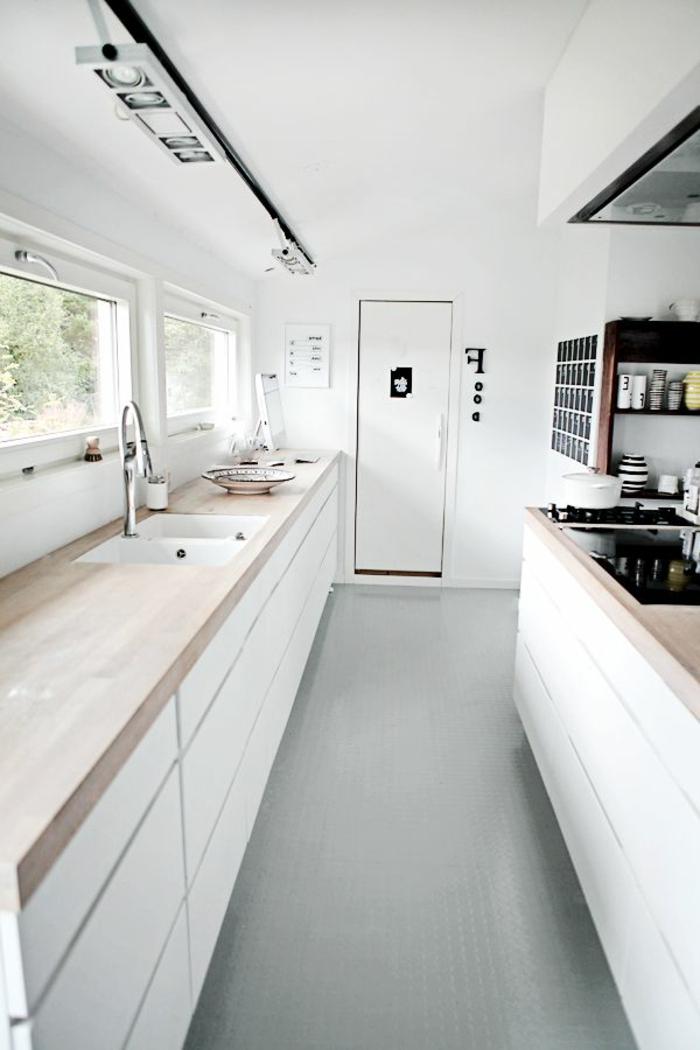 cuisine-avec-meubles-en-bois-crédence-de-cuisine-crédence-castorama-meubles