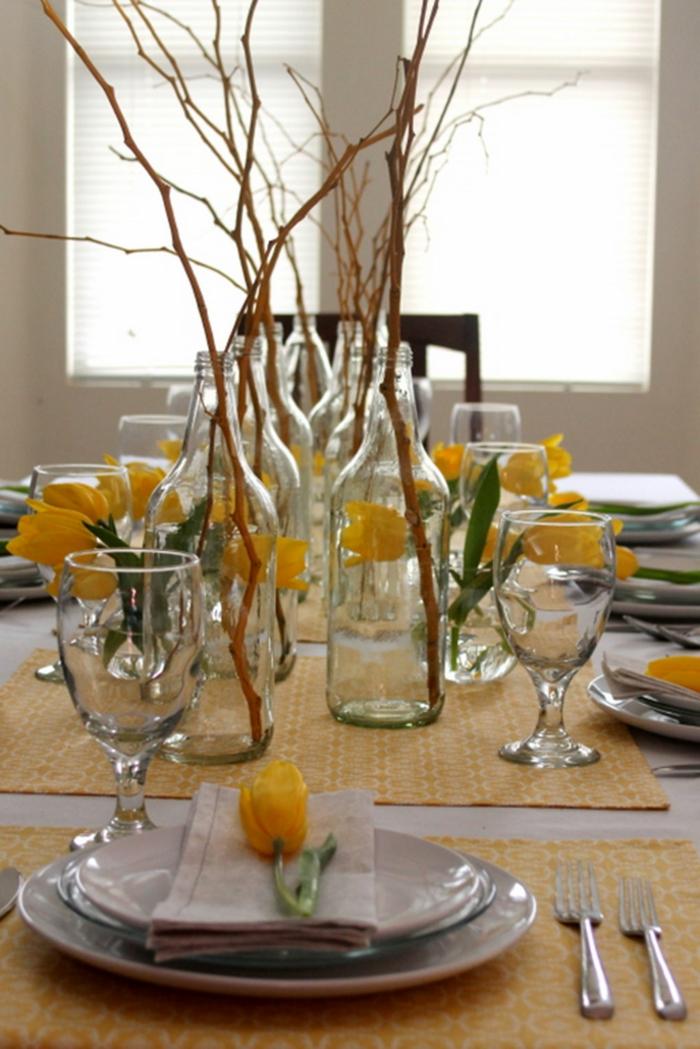 déco-avec-vase-boule-en-verre-vase-en-verre-carré-vase-suspendu-en-verre-table-manger-aménagé-bien