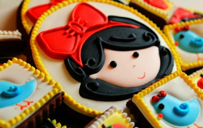 déco-gateau-anniversaire-enfant-Disney-snow-white-conte-de-fée-cookies
