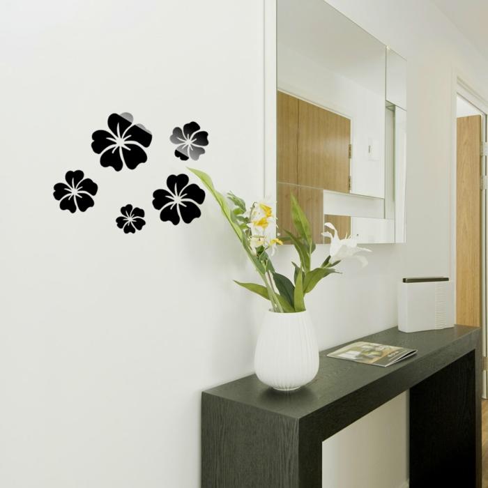 décoration-avec-alinea-miroir-pour-décorer-vos-murs-fleurs-dans-le-couloir-meubles-en-bois