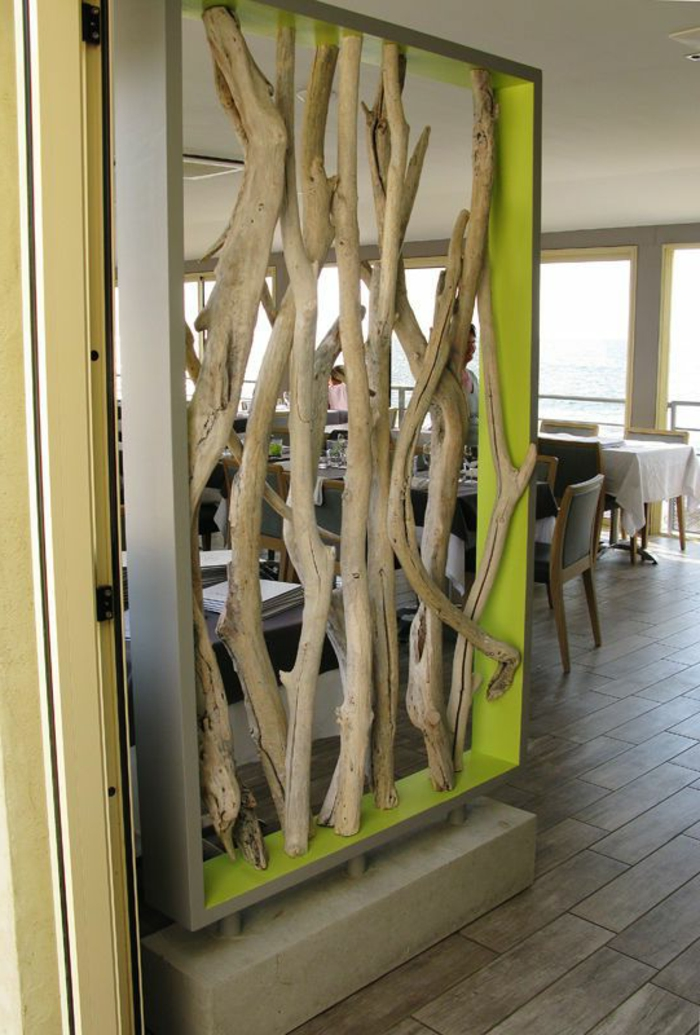 décoration-bois-flotté-table-basse-en-bois-flotté-déco-naturel-pour-mur