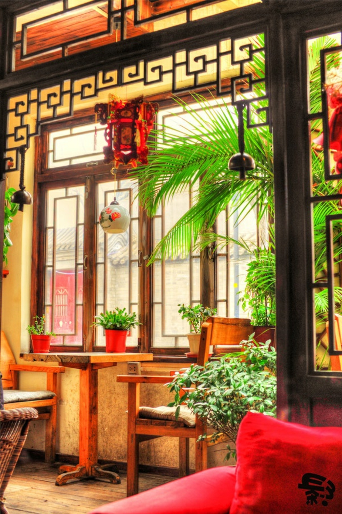 décoration-japonaise-style-japonaise-chambre-japonaise-meubles-japonaises-intérieur-avec-plantes-vertes