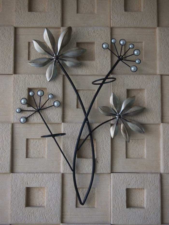 Decoration murale metal luxe raffinement accueil design for Decoration murale feuille metal