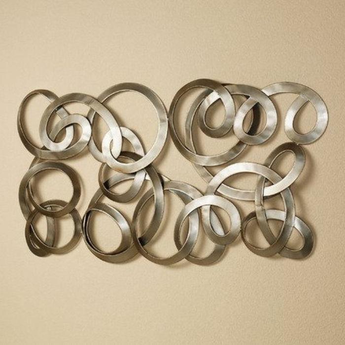 décoration-murale-en-métal-jolie-sculpture-abstraite