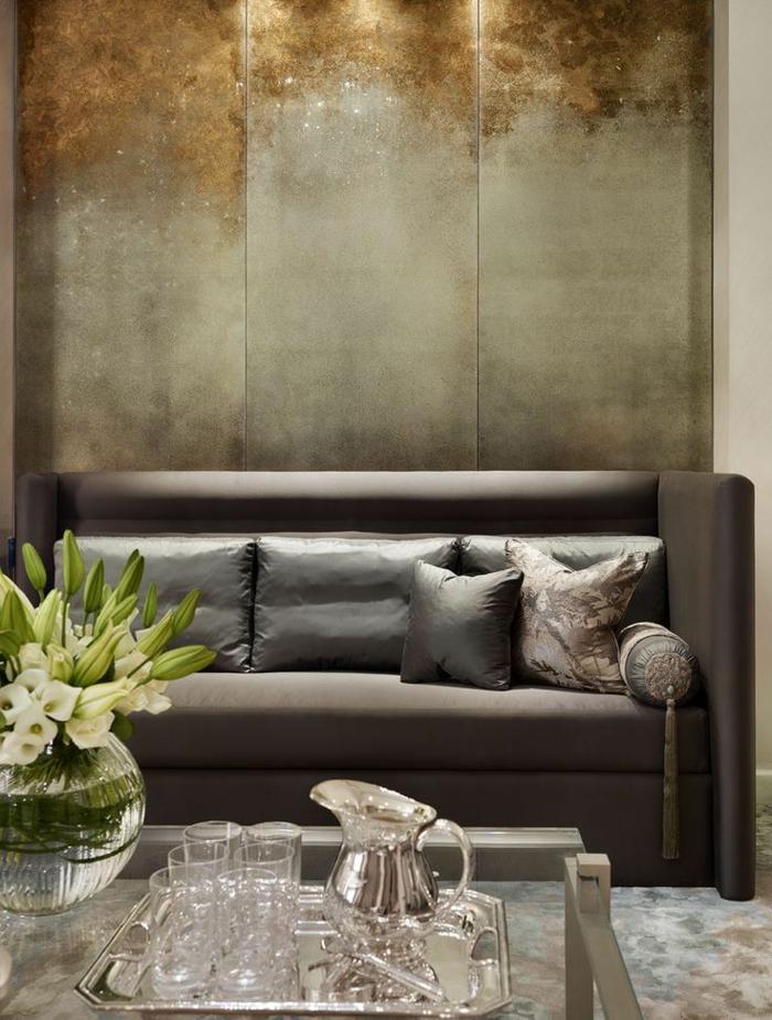 décoration-murale-en-métal-paneaux-métallliqyes-couleur-argent