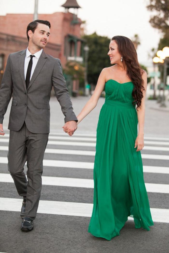 de-la-robe-fiancailles-robe-de-fiancaille-idée-inspiration-la-couple-amour-robe-de-soirée-longue-verte