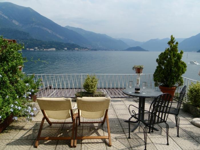de-visiter-les-lacs-italiens-lac-de-come-routard-bellagio-italie-nature-jolie-vue-chaises