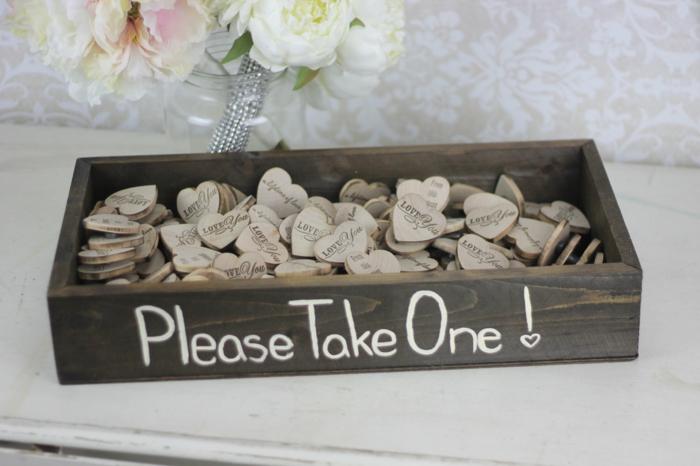 deco-de-mariage-tatie-mariage-idee-deco-mariage-prenez-un-souvenir-du-mariage-coeur