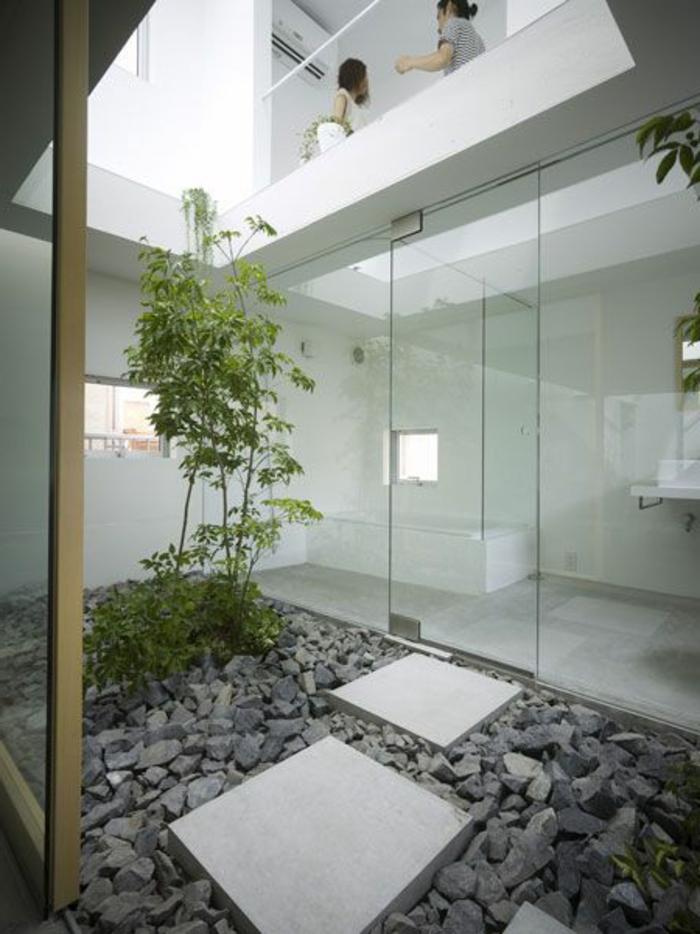 decoration-asiatique-pierre-gris-plantes-vertes-cailloux-gris-décoration-avec-cailloux