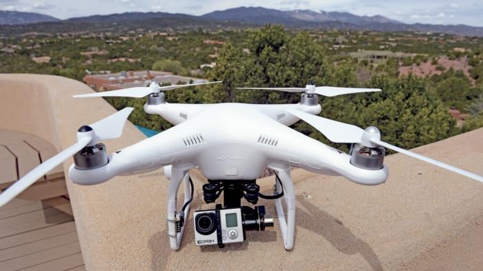 drone-télécommandé-avec-caméra
