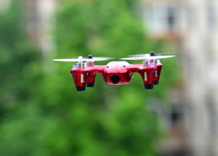 drone-télécommandé-avec-giro-caméra