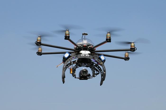 drone-télécommandé-drone-télécommande-avec-caméra