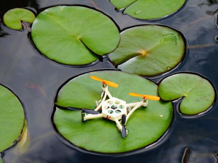 drone-télécommandé-mini-drone-blanc