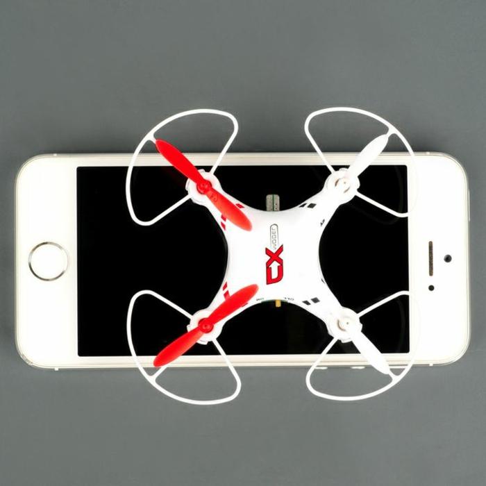drone-télécommandé-par-commande-de-votre-smartphone