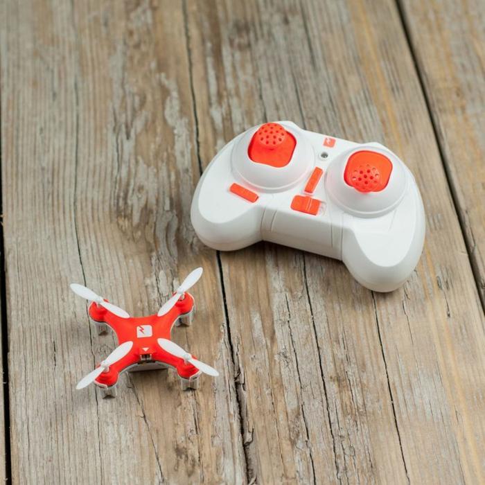 drone-télécommandé-un-ses-plus-petits