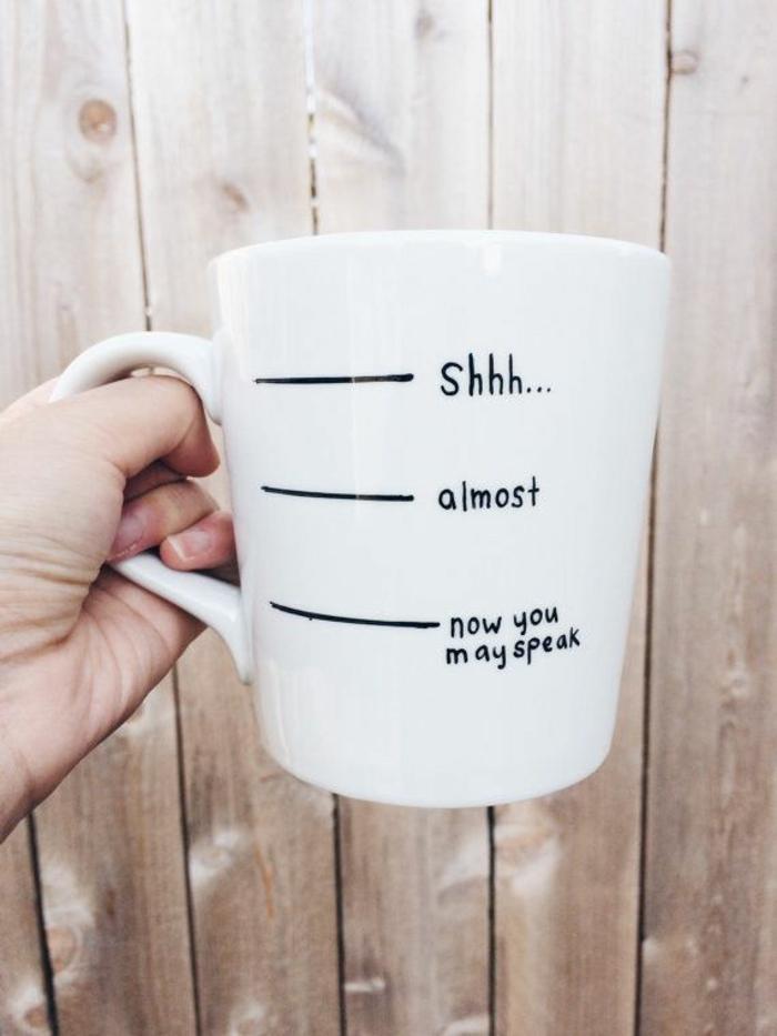faire-mugs-personnalisés-mug-magique-personnalisé-originale-idée-isothèrmique-cool