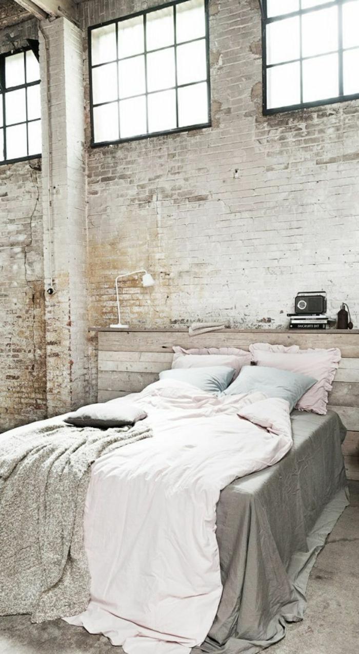 faire-une-tête-de-lit-soi-même-chambre-à-coucher-loft