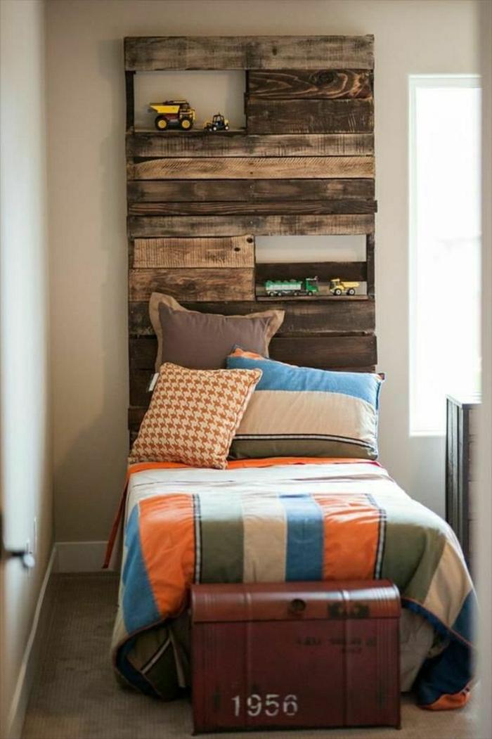 faire-une-tête-de-lit-soi-même-fabriquer-tete-de-lit-en-palettes