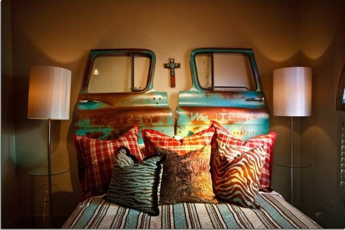 faire-une-tête-de-lit-soi-même-tete-de-lit-unique-porte-de-voiture