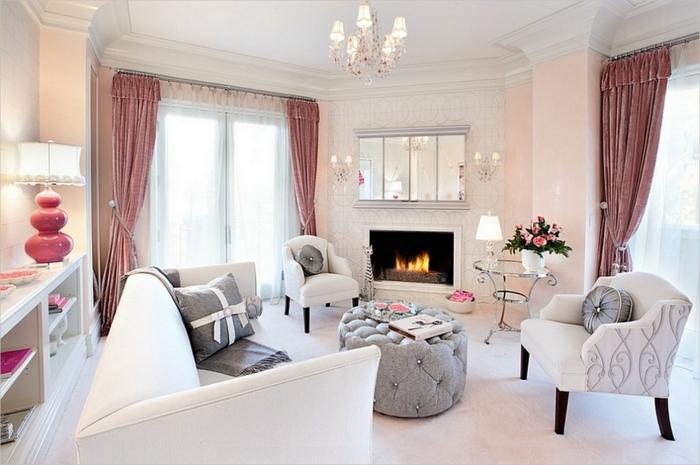 fauteuil-blanc-salle-de-séjour-classique-cheminée-grand-sofa-blanc