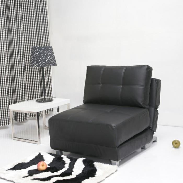fauteuil-convertible-lit-1-place-ikea-idée-pièce-petite-canapé-noir-et-blanc-fauteuil-en-cuir